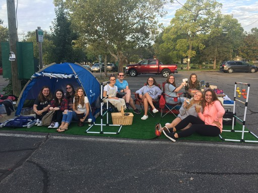 French & Spanish Students Get Involved in Downtown Clarkston